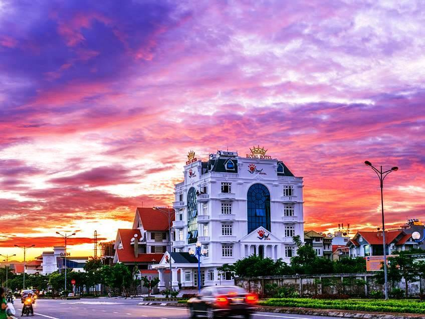 Royal Hotel Halong   Hon Gai