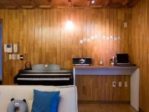Hola Seoul Guesthouse