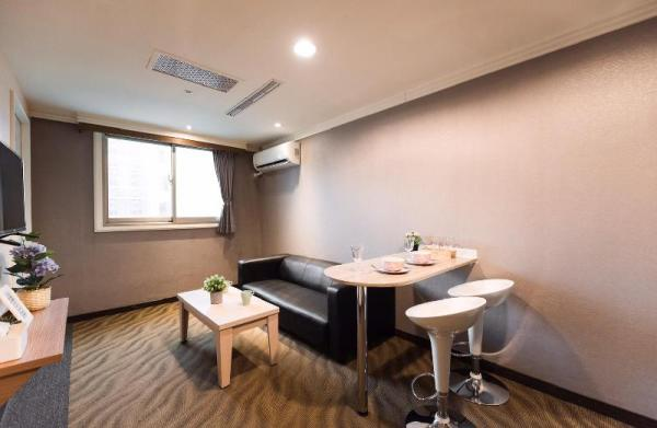 HP1611 Cozy Apt. 2 bedrooms 1 min Guting MRT Taipei