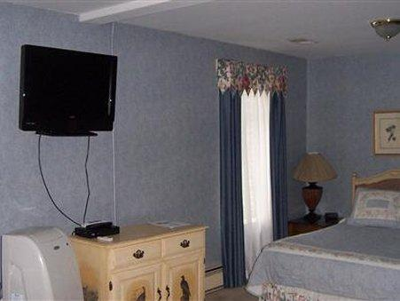 THE PRESTON COUNTY INN   BED AND BREAKFAST