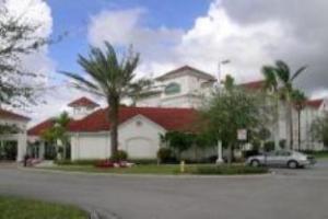ラ キンタ プランテーション ホテル (La Quinta Inn & Suites Ft Lauderdale Plantation)