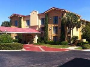 Baymont Inn & Suites - Tallahassee Central