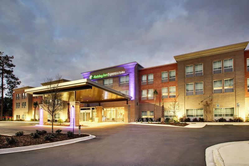 Holiday Inn Express And Suites Charleston NE Mt Pleasant US17