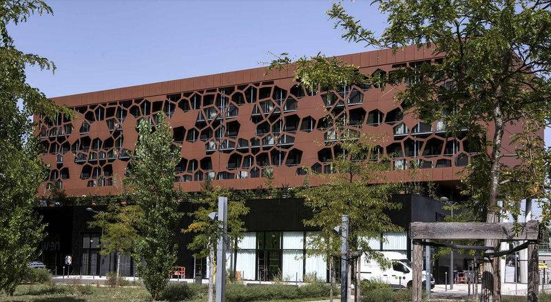 MOB HOTEL Lyon Confluence