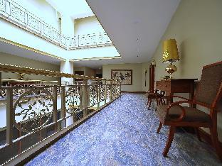 picture 4 of Paragon Hotel and Suites