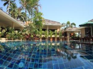 バーン サワン サムイ リゾート (Baan Sawan Samui Resort)