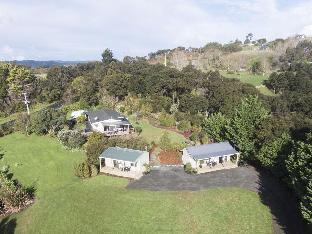 Фото отеля Auckland Country Cottages