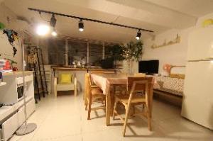 Nanu Guesthouse KPOP