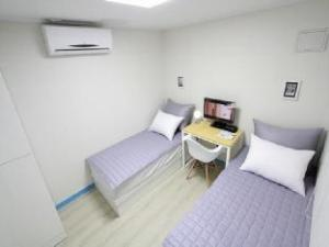 Hongdae Leo Guesthouse
