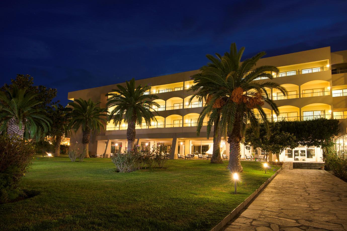 Kassandra Palace Hotel And Spa