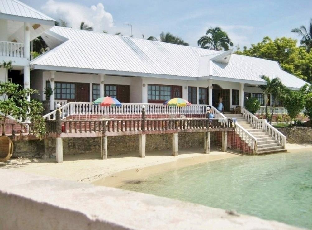 The Lighthouse Resort