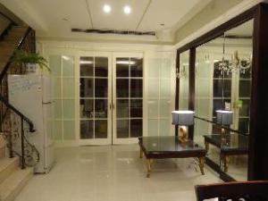 Artist Guest House