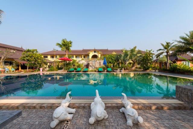 พาร์ค พูล รีสอร์ท – Park Pool Resort