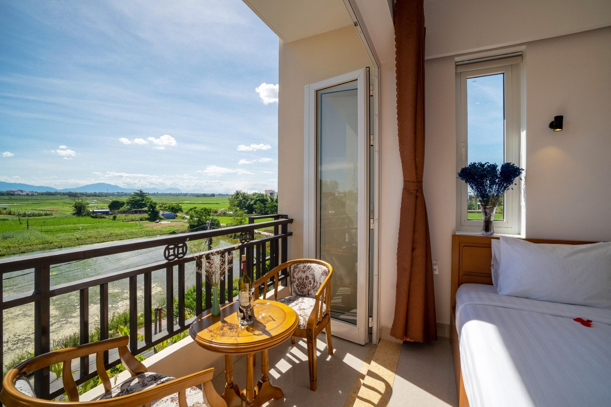 Ideal Villa And Hostel