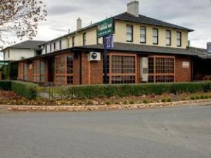씨톤 암스 모토 인  (Seaton Arms Motor Inn)