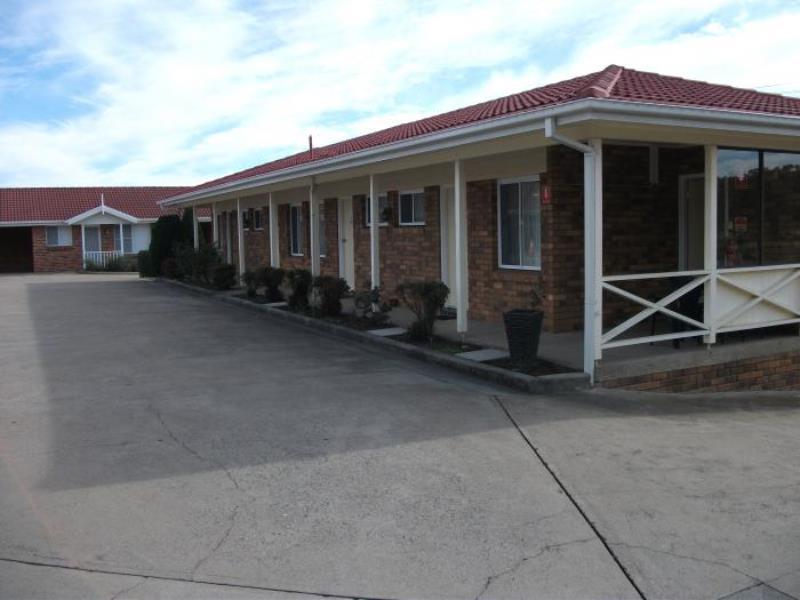 Baybrook Motor Inn And Apartments