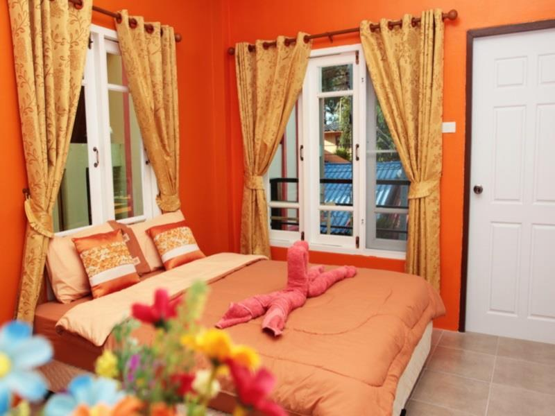 I Talay Trio Guest House