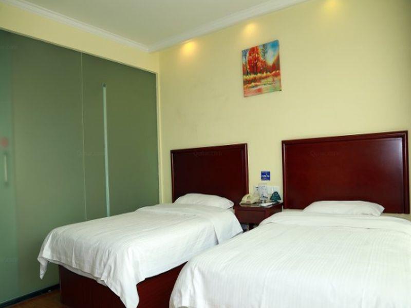 Vatica TianJin North YiXingBu New YiBai Avenue Hotel