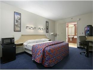 Red Roof Inn Cincinnati   Sharonville Hotel Photo 3