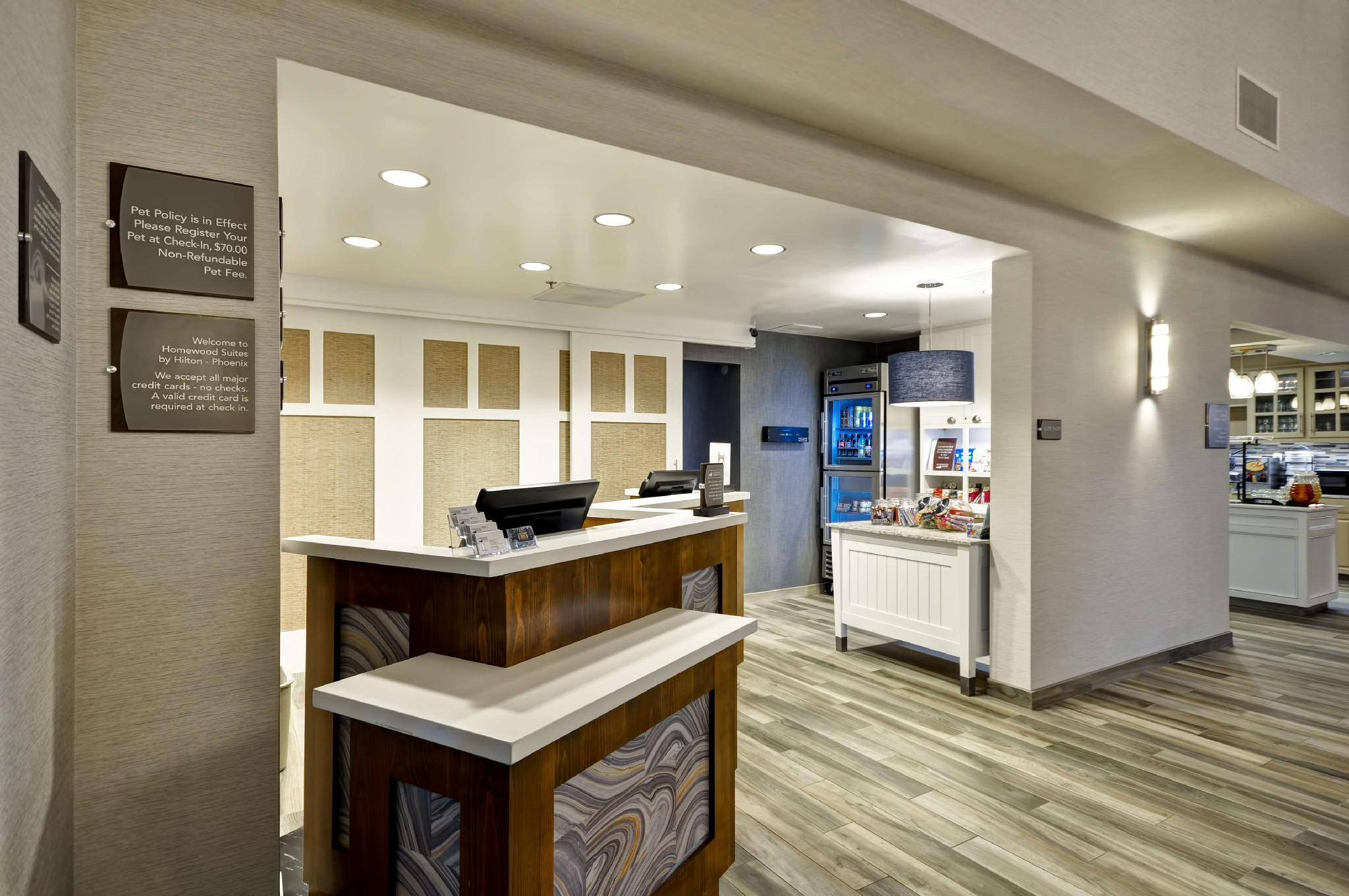 Homewood Suites By Hilton Phoenix Biltmore Hotel