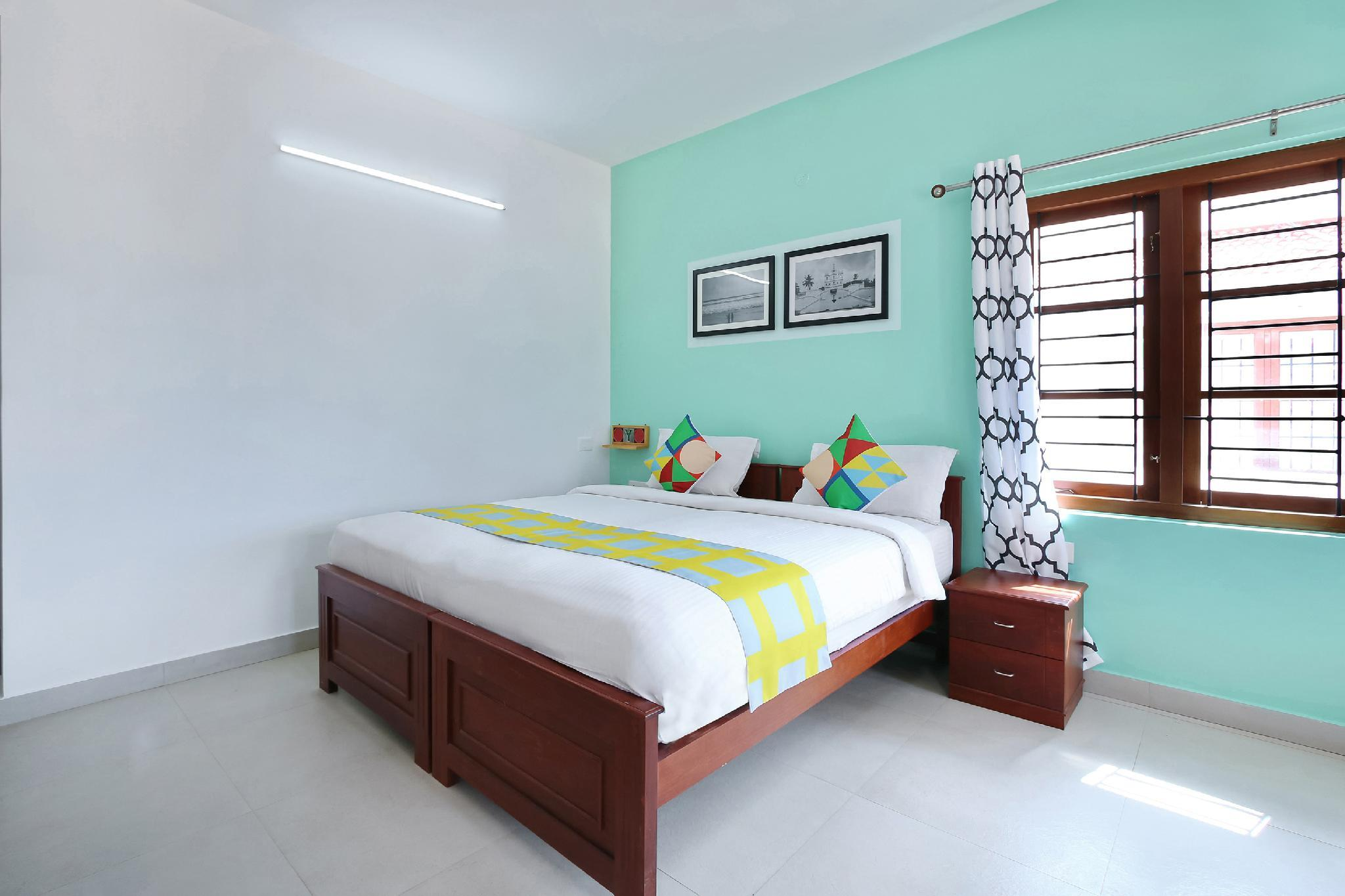 OYO Home Luxe 30481 Opulent 1BHK Arni House Road