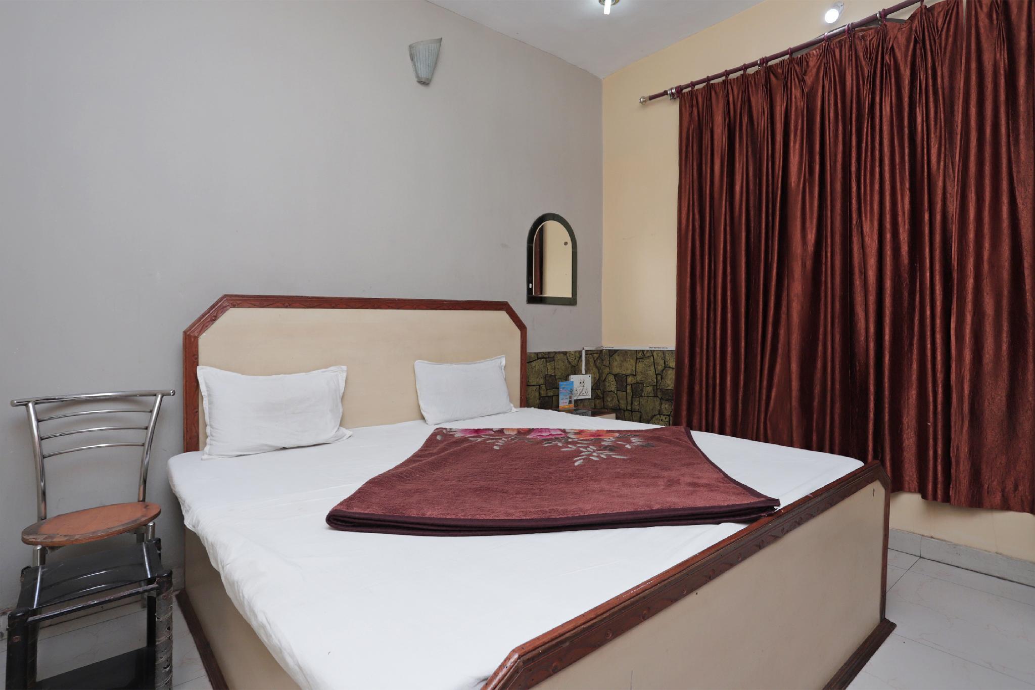 SPOT ON 39559 Narayani Guest House