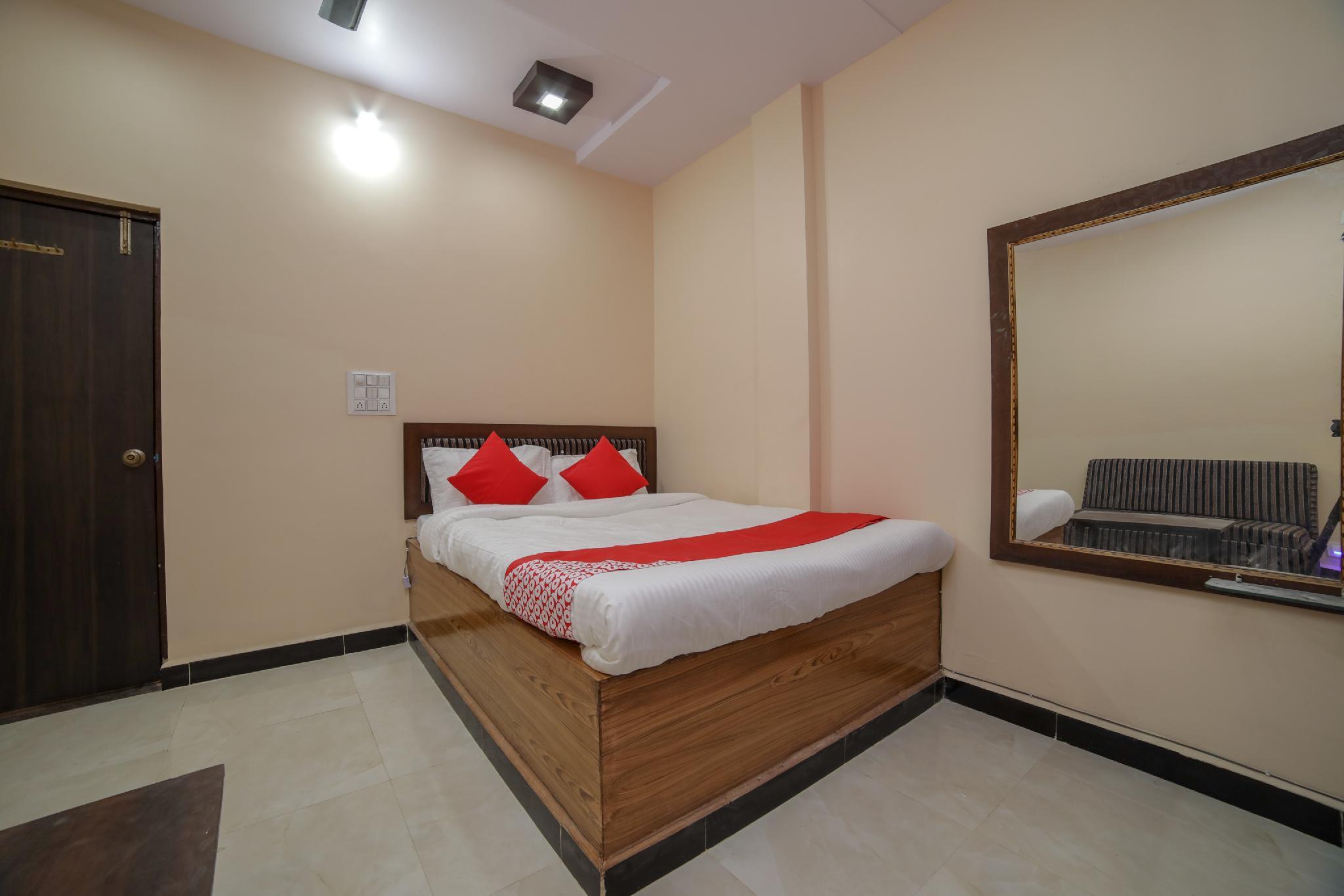 OYO 41954 Hotel Dream Villa