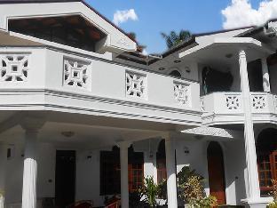 Srinik Guest House