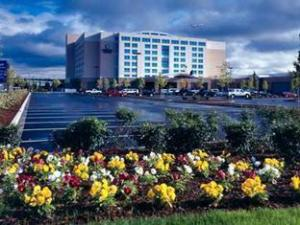 Embassy Suites Portland Airport Hotel