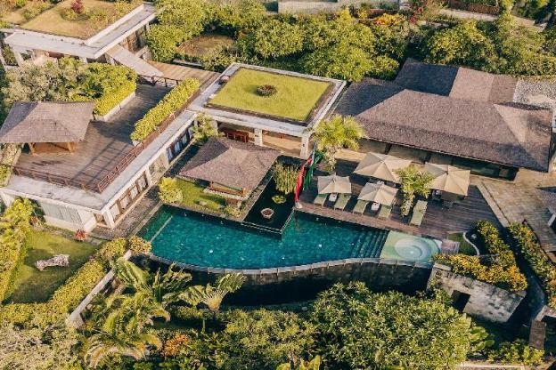 Luxury Clifftop Villas of Bali