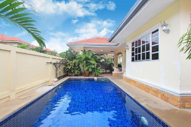 Baan Chokdee - 5 Bed - Private Pool