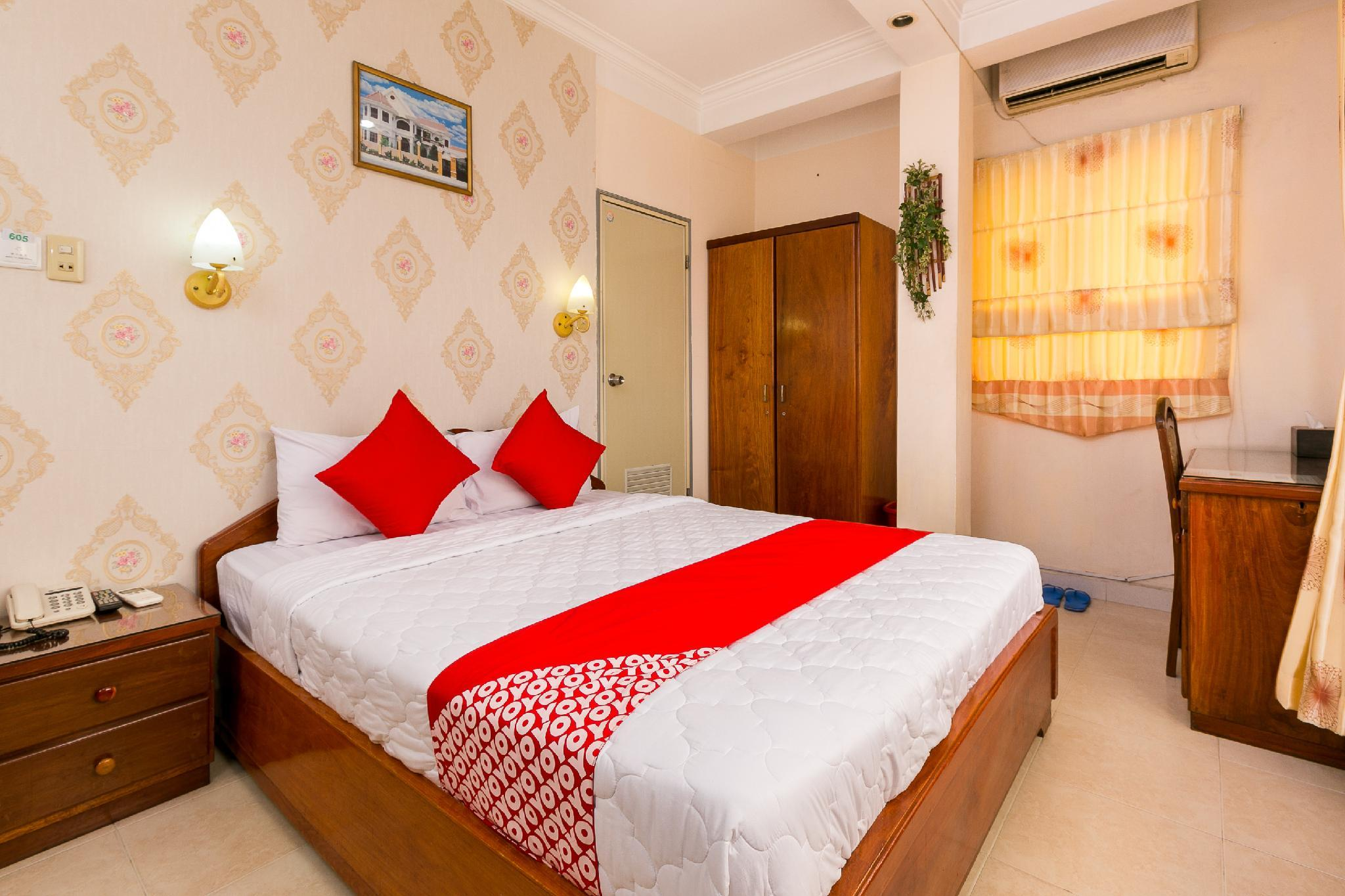 OYO 228 Vuon Tao Dan Hotel