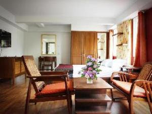 The Laguna Serviced Apartment