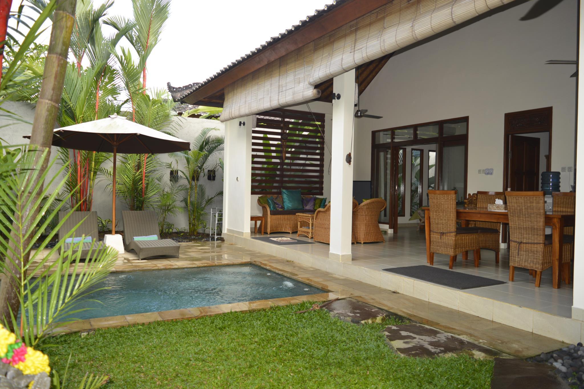 Villa Palm Kuning