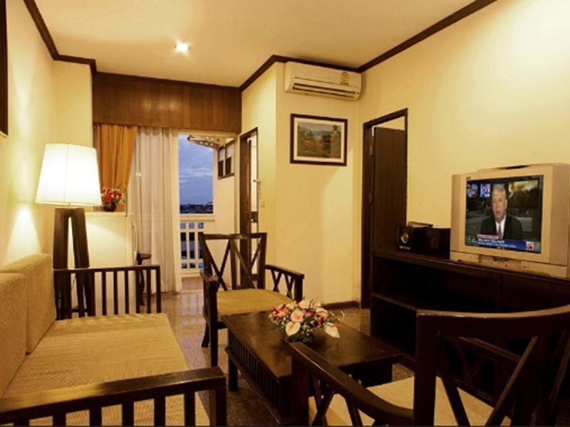 Royal Panerai Hotel Chiangmai โรงแรมรอยัล พรรณราย เชียงใหม่