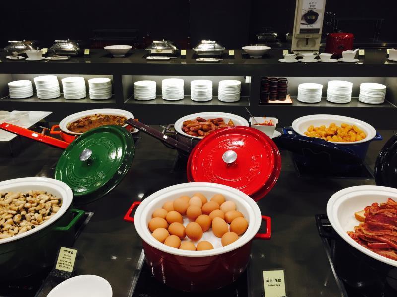 「Best Western Premier Seoul Garden Hotel  breakfast」の画像検索結果
