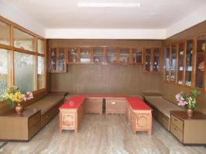 Choda House
