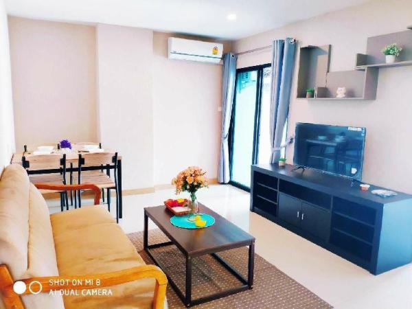 2 Bedroom  Cozy  Condo in Chiangmai Business Park Chiang Mai
