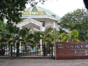 Van Ly Hotel