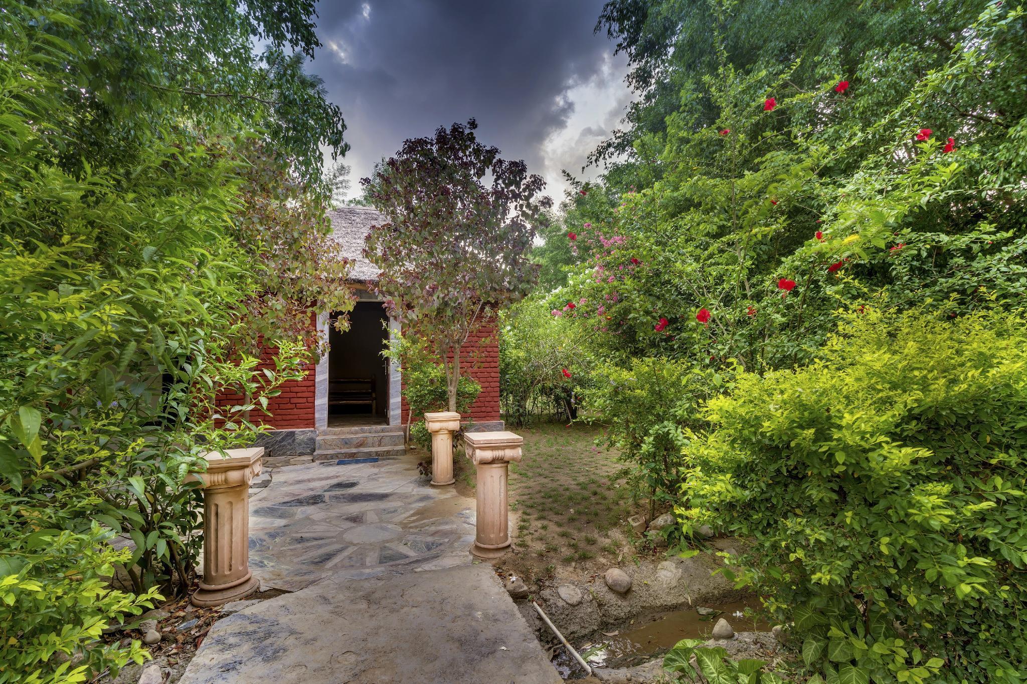 Lohagarh Corbett Resort