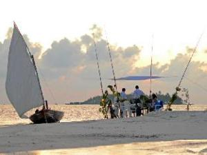 Local Adventure at Dhiffushi Guest House
