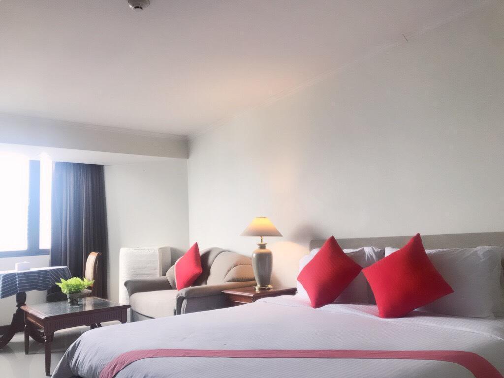 cozy deluxe room king size  in sukumvit nana soi4
