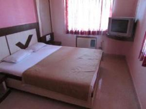 Sai Aradhana Hotel