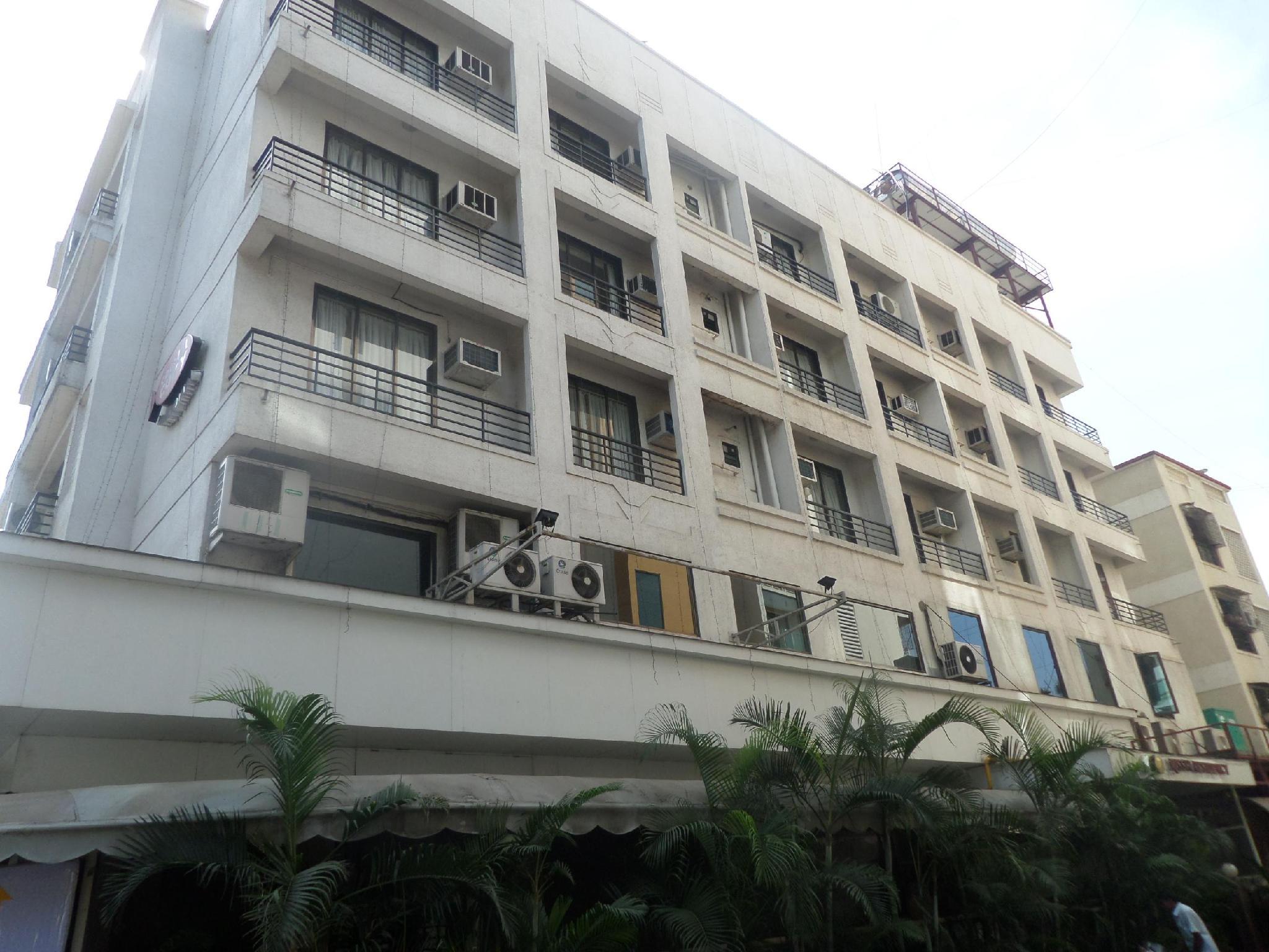 Hotel Rishi Residency