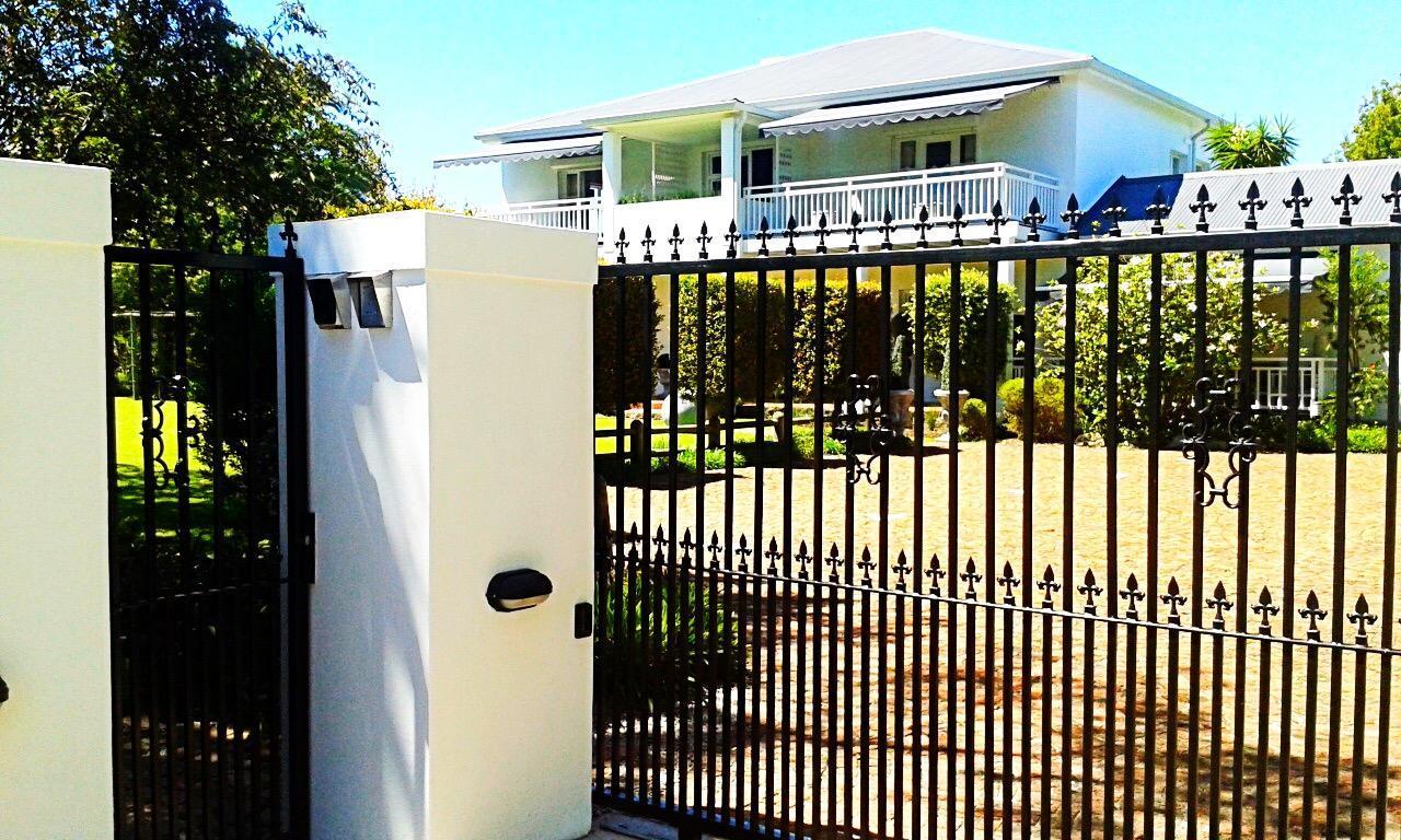 10 Caledon Street Guest House
