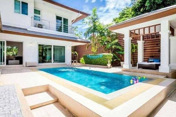 Unique beachfront  3BR villa l 12 pax -VVP1 Pattaya