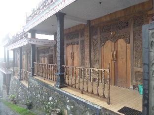 Pondok Wisata Adas Hotel 3
