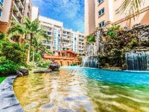 Atlantis Condo Resort Pattaya by Natnarin
