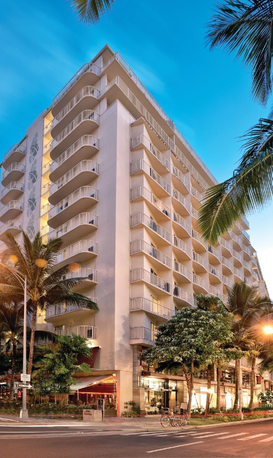 Wyndham Waikiki Beach Walk