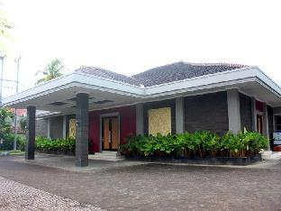 New Surya Hotel